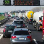 渋滞はまってもうて…この遅刻の言い訳を英語で?